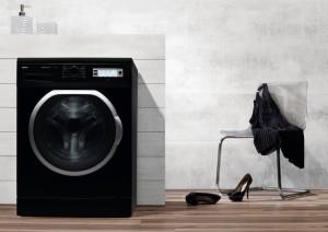 AWN912DJB_lifestyle_image black washing machine from www.amica-international.co.uk.jpg low res