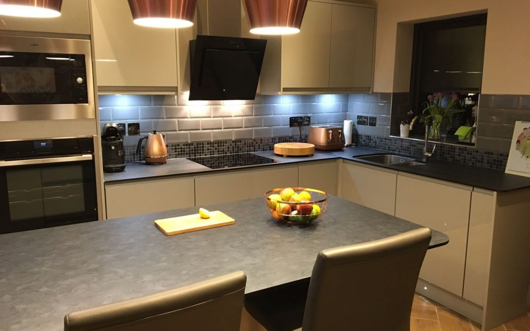 Zenith Worktops So Easy to Install .. See!