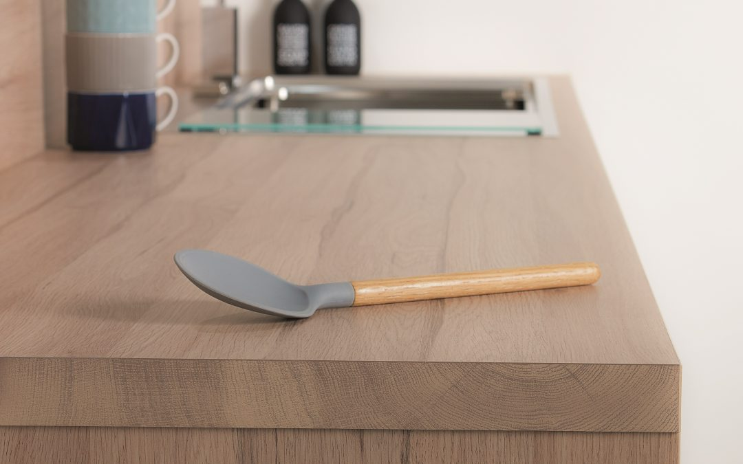 Antibacterial Protection For Worksurfaces Better Than Wetwipes
